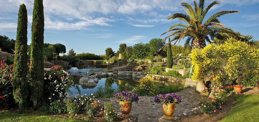 Le jardin de Saint Adrien, Languedoc, Herault, Servian.
